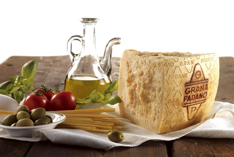 Grana Padano: la storia millenaria di un prodotto scambiato per marchio