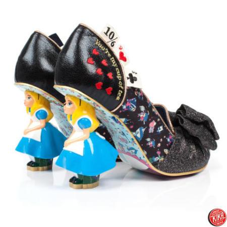 Alice ispira le scarpe delle meraviglie milleunadonna - Mobile per scarpe ...